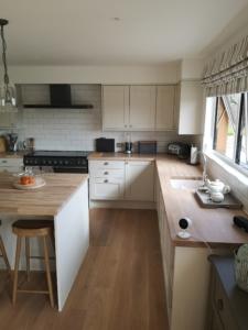 Kitchen Spraying Bideford